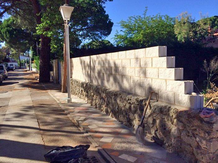 Reforma pavimento y muro